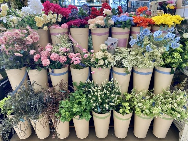 玄関先での生花訪問販売_3